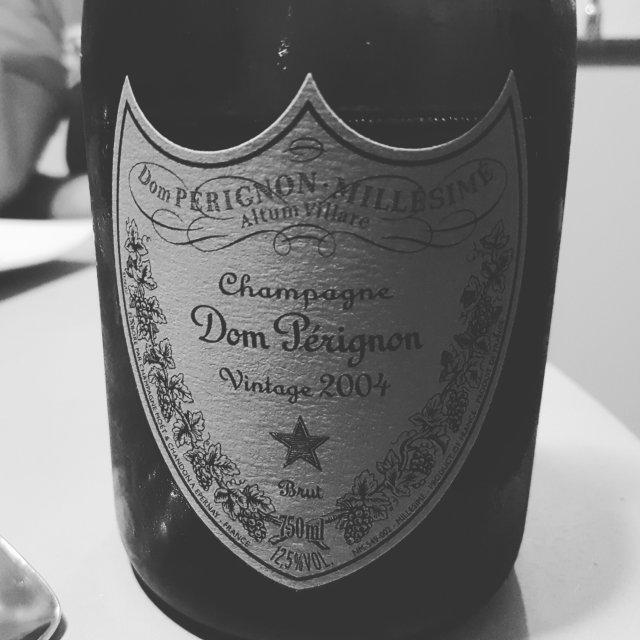 シャンパン ペリニョン