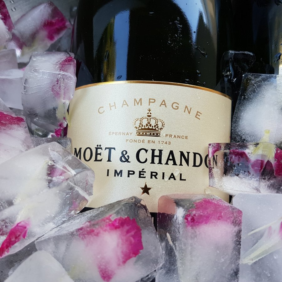 Moet et Chandon Champagne NV